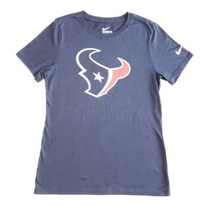 Womens athletic tee